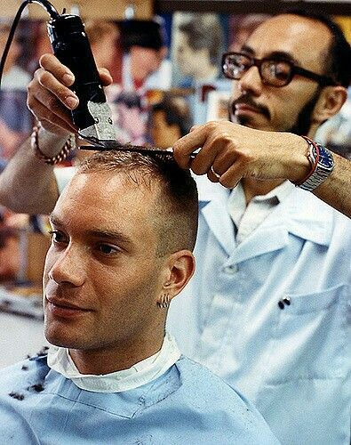 Pin by luc maltais on coupe de cheveux pinterest for Barber shop coupe de cheveux
