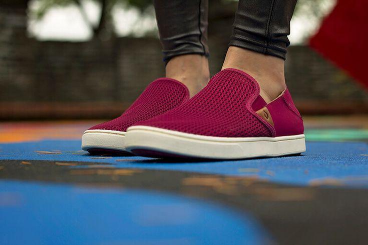 http://www.englinsfinefootwear.com/olukai-womens-pehuea/?color=Pokeberry