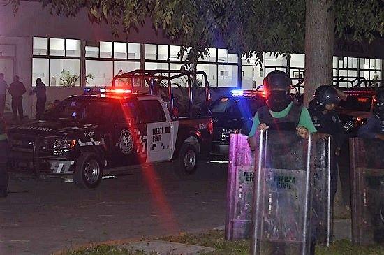 Por vencer termino a 37 detenidos en Poza Rica - http://www.esnoticiaveracruz.com/por-vencer-termino-a-37-detenidos-en-poza-rica/