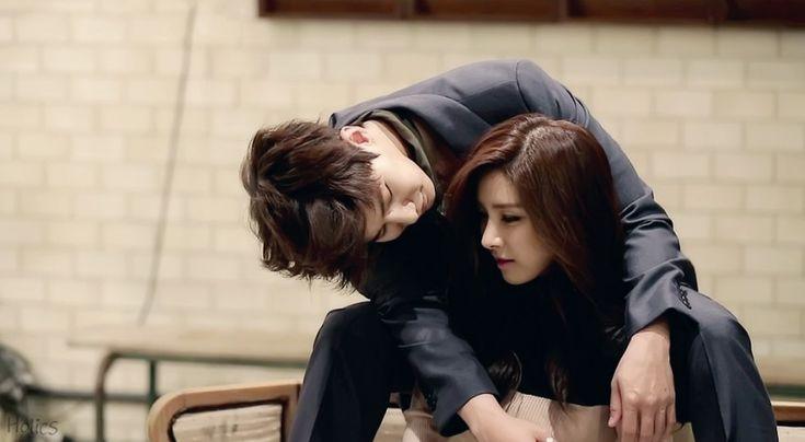 Kim So Eun & Song Jae Rim