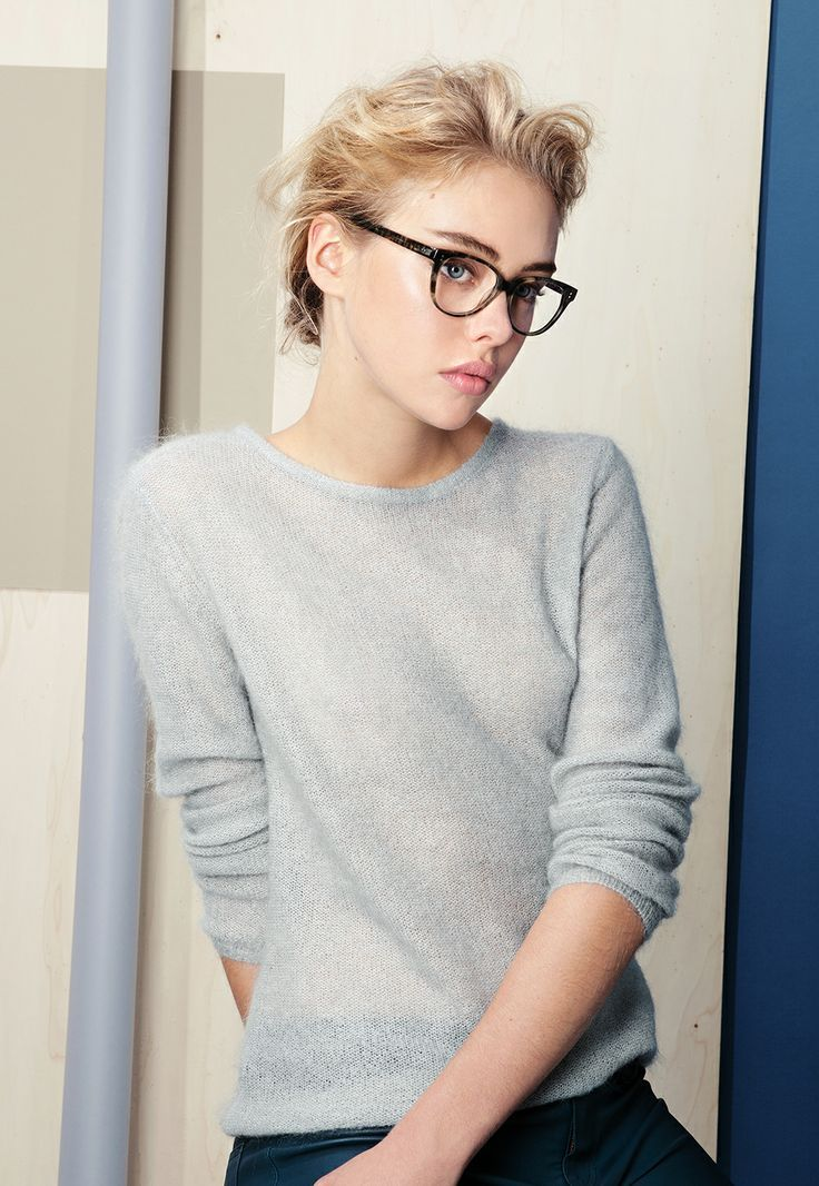 Sweater and frame season. #glasses #optical