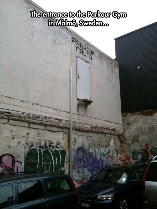funny-parkour-gym-cars-door-first-floor