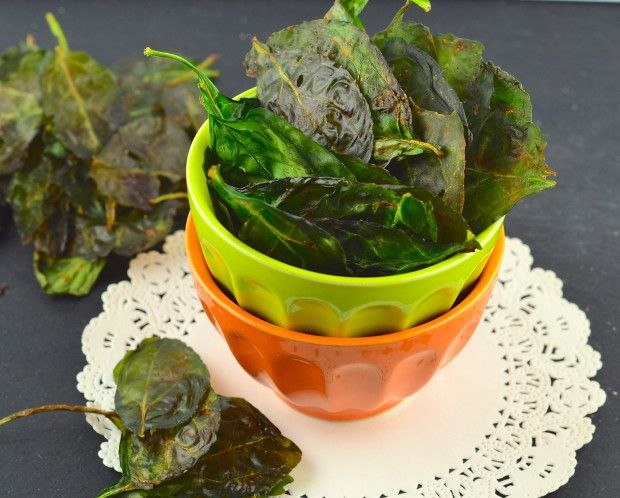 Salt & Vinegar Spinach Chips | May I Have That Recipe - Move over kale ... make way for these yummy chips! So easy, so healthy, so ... yum!!!!