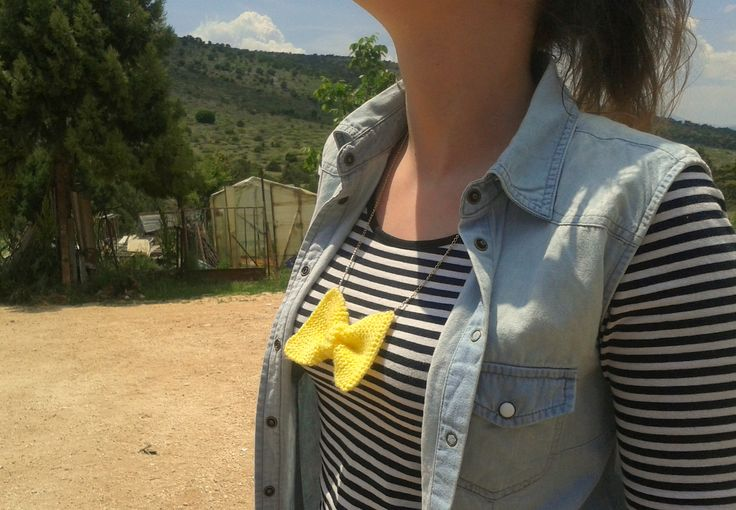 Handmade knitted bow necklace