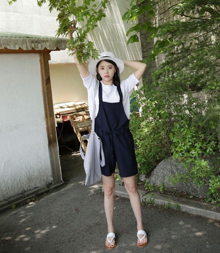 Dress Up Confidence! 66girls.us Stripe Print Patch Accent Tote Bag (DHYQ) #66girls #kstyle #kfashion #koreanfashion #girlsfashion #teenagegirls #younggirlsfashion #fashionablegirls #dailyoutfit #trendylook #globalshopping