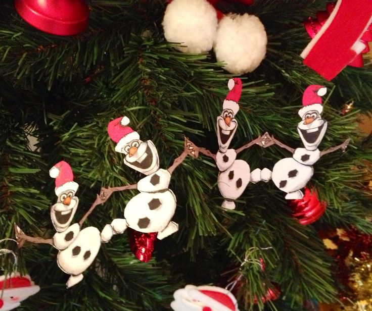 Do It Yourself Xmas Decorations: Olaf's Paper Garland