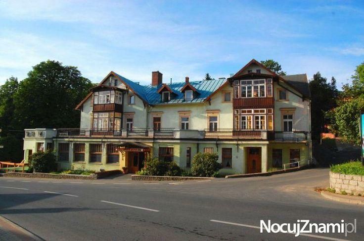 Dom Wczasowy Chrobry - NocujZnami.pl || Nocleg w górach || #apartamenty #polishmoutains #apartments #polska #poland || http://nocujznami.pl/noclegi/region/gory
