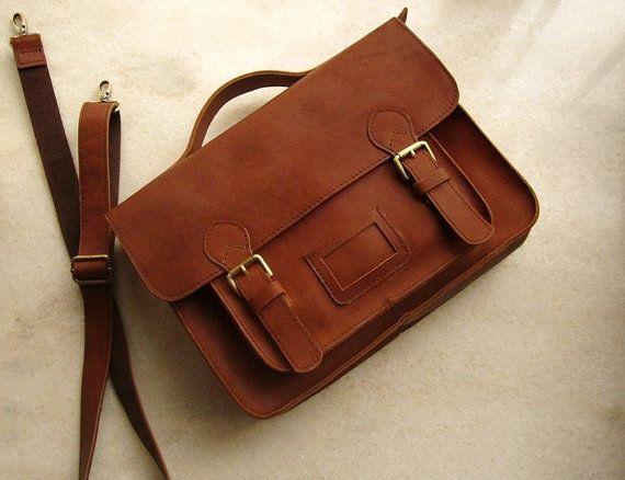 Postman bag handmade custom by Ultimosa on Etsy,