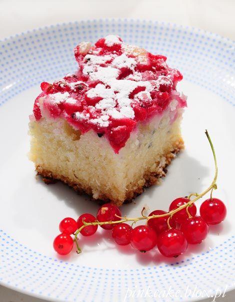 Kokosowe ciasto z czerwoną porzeczką (bez jajek)