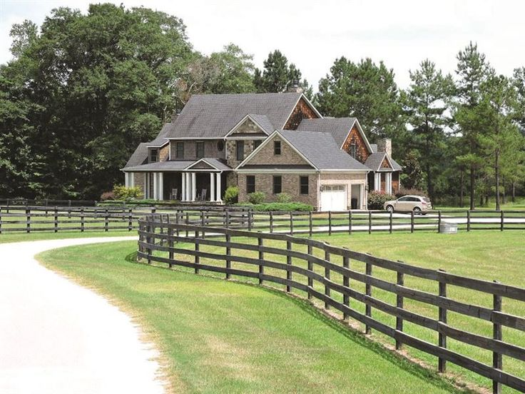 WORKING EQUESTRIAN CENTER AUCTION IN #GEORGIA. MARCH 28, 2017, @ 7:00 PM. #Auction conducted by UNITED COUNTRY REAL ESTATE. -LANDFLIP.com #realestate #land #horses @unitedcountry