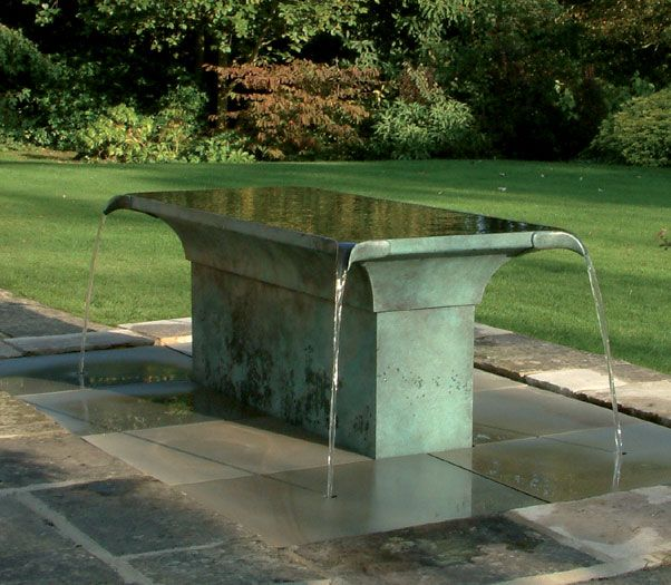 Tavola water sculpture in Wiltshire, England by William Pye