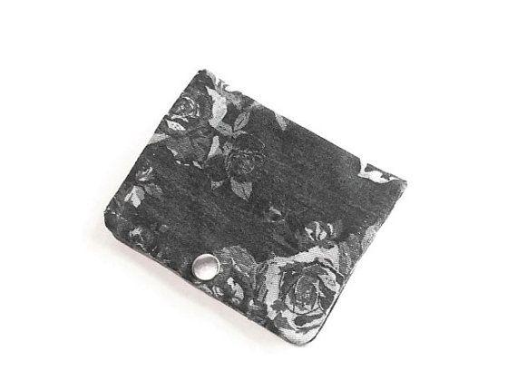 Sieh dir dieses Produkt an in meinem Etsy-Shop https://www.etsy.com/de/listing/503710571/slim-wallet-flower-credit-card-holder