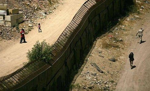 Disminuyó un 39% la migración de mexicanos a Estados Unidos: Cambell | El Puntero