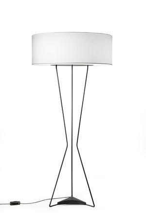 Testa floor lamp by estiluz