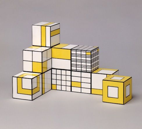 Glenys Barton | 12 cubes, 1970 - mid century kids design