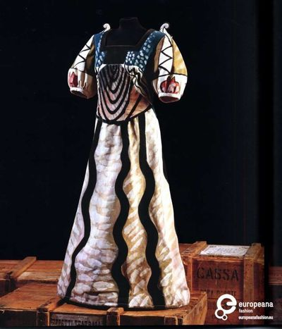 17 images about theatreopera on pinterest ballet costume design and bauhaus