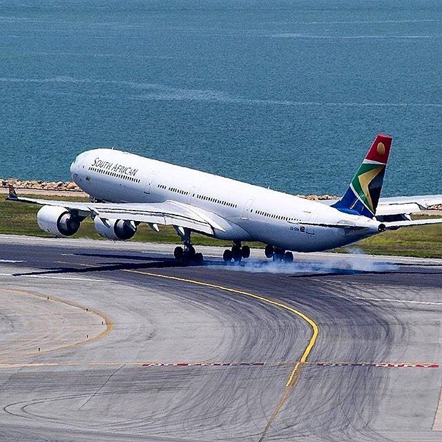Springbok A340 touching down at Hong Kong Int'l Airport :) pic by @hk_spotter #springbok #airbus #A340 #airbusA340 #airbuslovers #southafricanairways #SAA #southafrican #hongkong #香港 #southafrica #aviapics4u #travel #aviation #plane #flight #airplane #instatravel #airport #avgeek #aircraft #planes #airplanes #instaplane #planespotting #megaplane #aviationlovers #planeporn #instagramaviation #spotting @flysaa