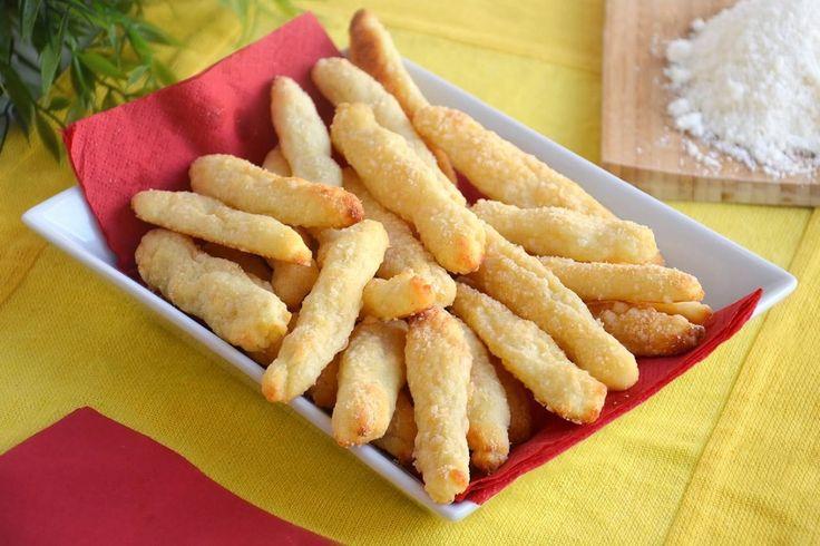 Fonzies fatti in casa, scopri la ricetta: http://www.misya.info/ricetta/fonzies-fatti-in-casa.htm