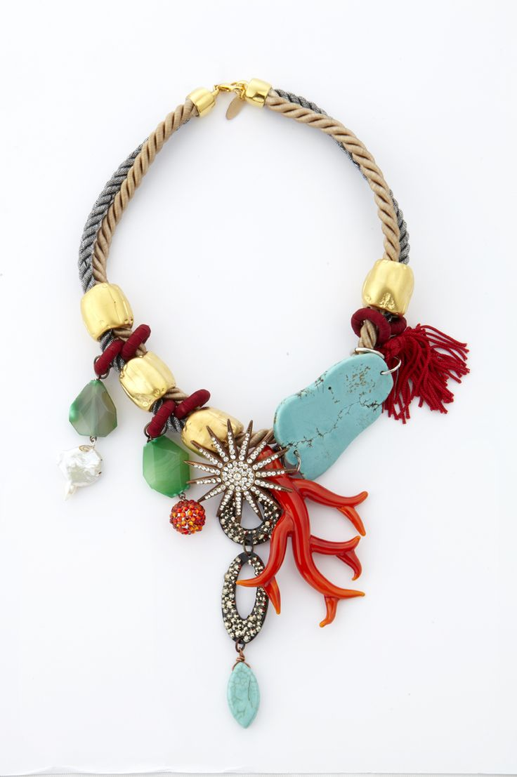 Summer neclace with murano glass, corals