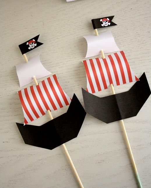 Pirate Skewers from Sweet & Snazzy  Featured @ www.partyz.co your party planning search engine!