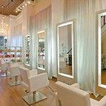 Inspirações para decoração de salão de beleza, com ideias modernas e funcionais para ambientes de diversos tamanhos.