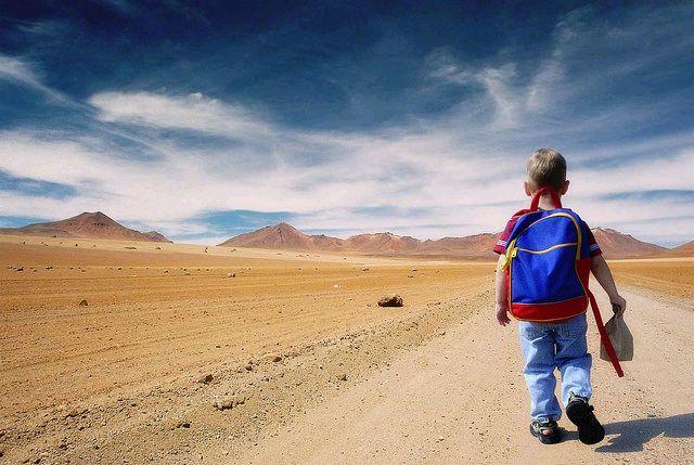 Как помочь ребёнку пережить расставание, связанное с пребыванием в школе