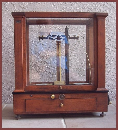 Country Kitchen Fairbanks: 135 Best Images About Vintage Scales On Pinterest