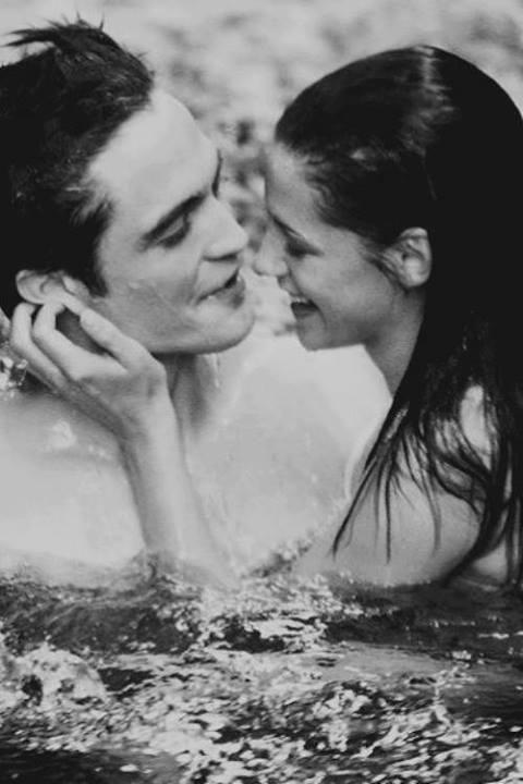 Robert Pattinson And Kristen Stewart Pic ❤
