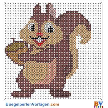 Herbst-Eichhörnchen Bügelperlen Vorlage. Auf buegelperlenvorlagen.com kannst du eine große Auswahl an Bügelperlen Vorlagen in PDF Format kostenlos herunterladen und ausdrucken.                                                                                                                                                                                 Mehr