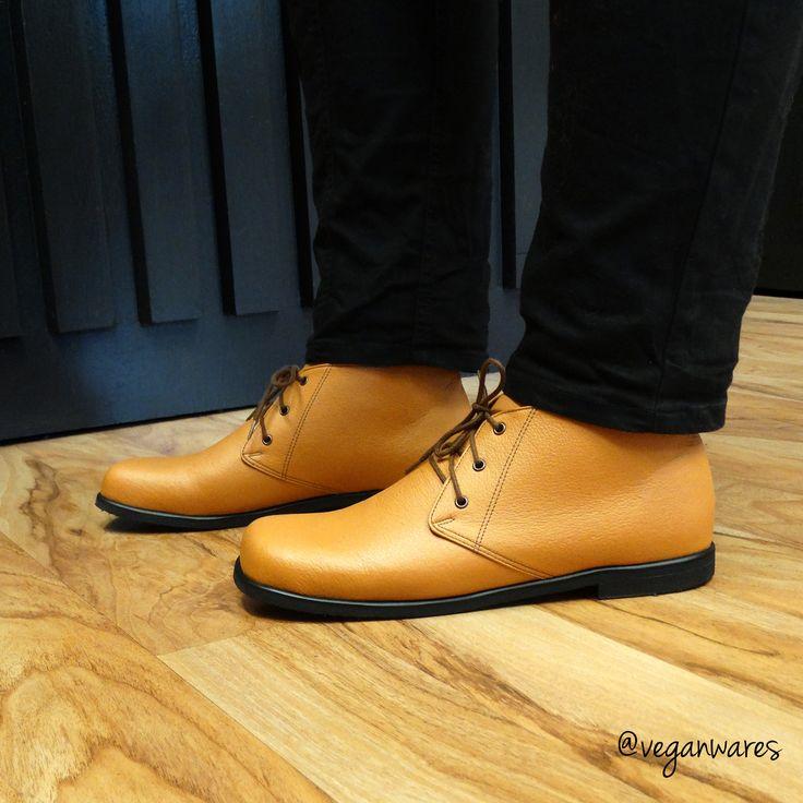 Vegan Wares Low Dune boots.