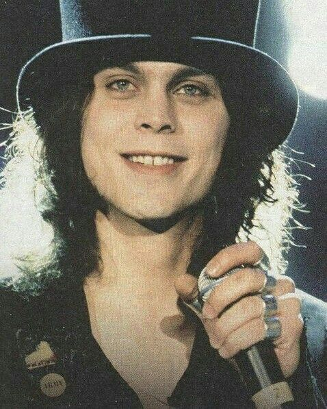 Happy bday Ville Valo❤❤❤