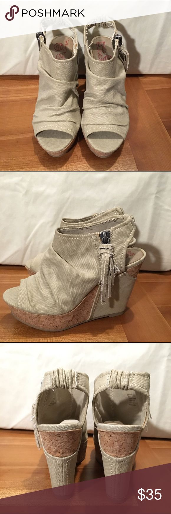 Big Buddha cork & canvas wedges size 8 Big Buddha cork & khaki canvas wedge platform heels.  Size 8.  Worn once or twice. Excellent used condition. Big Buddha Shoes Wedges