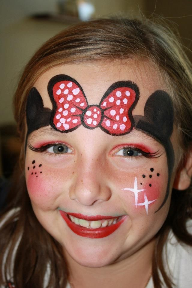 Minnie Mouse face paint design by Cynnamon painted in Corona www.facepaintingbycynnamon.com