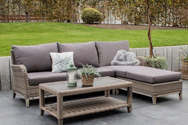 Florabest Lounge Set 3 Teilig Mit Sofaecke Tisch Auflagen Kissen Mit Eukalyptusholz Lidl De Aussenmobel Lounge Sofaecke