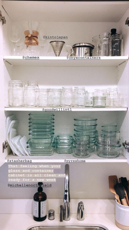 love this #plasticfree setup via @mynameisnorfi #shelfie #pantryessentials #pantrygoals #pantryenvy #pantryorganization #homeorganization