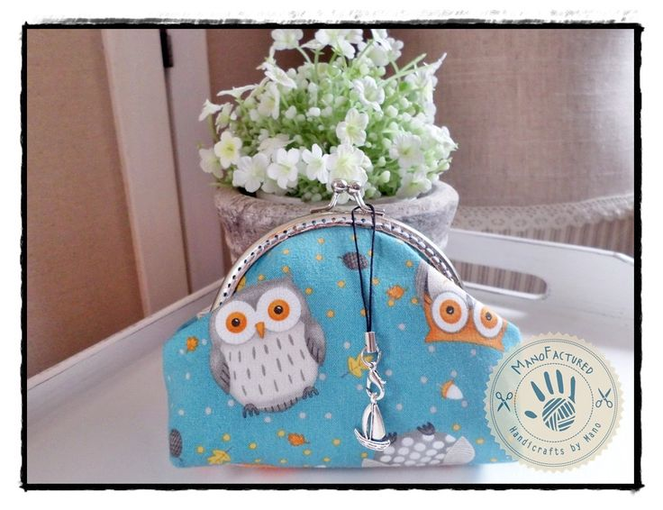 Doctor Owl purse, 13 cm by ManoFactured on Etsy