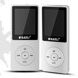 Lecteur MP3 Ultrafin avec 4 Go de stockage et écran de 1,8 pouces. Grande capacité de la batterie, peut jouer de la musique aussi longtemps que 80 heures.  Nom du produit: RUIZU. Modèle: RUIZU X02. Couleur: Argent. Dimensions de l'écran: TFT 1,8 pouces / 128x160px. Capacité mémoire: 4 Go. Type de st