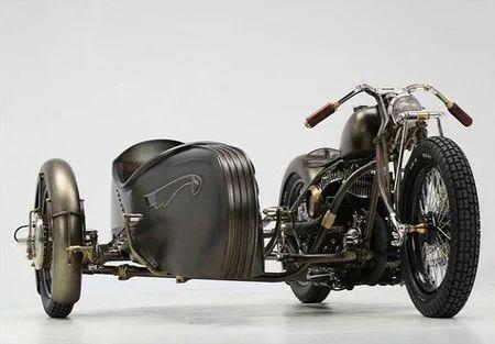 Harley Davidson - 1942 Harley Davidson Model U