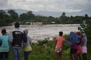 Ураган Мэттью унес жизни 10 человек на острове Гаити - СЕГОДНЯ