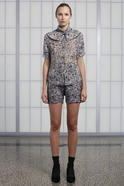 s/s 13/14 womens key looks - W17. collar in mirage, silk shirt in oasis, bloomer in oasis.