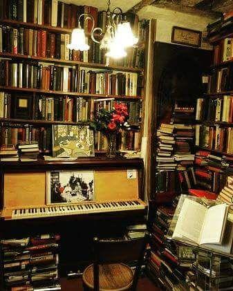 Piano in the bookstore, Shakespeare and Company, Paris.