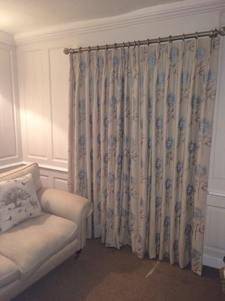 Lounge curtains fabric in Duck Egg from Voyage
