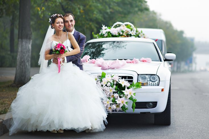 Your limousine experience with Wedding Toronto Limousine will be amazing and be remembered by you and your guests.