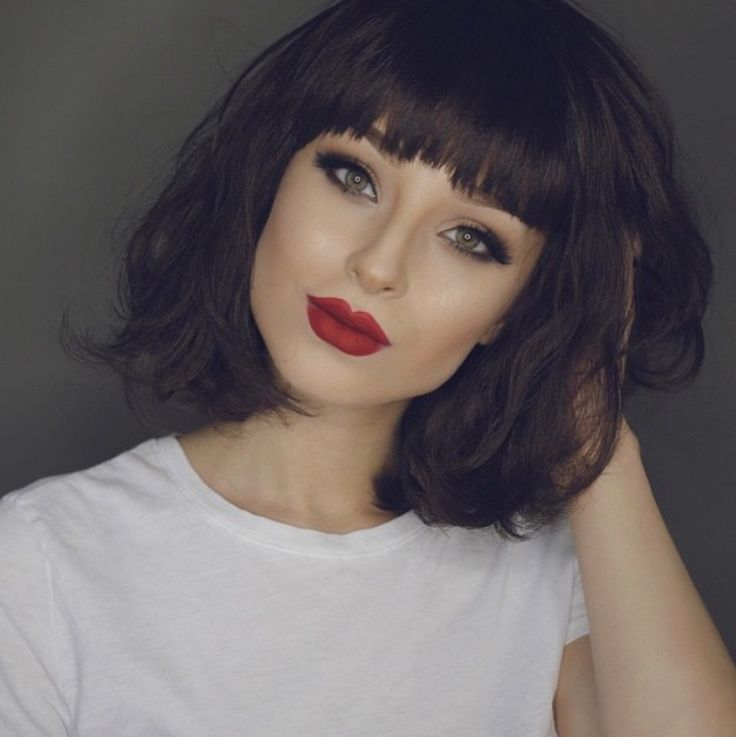 Classic Winged Eyes + Bold Red Lips