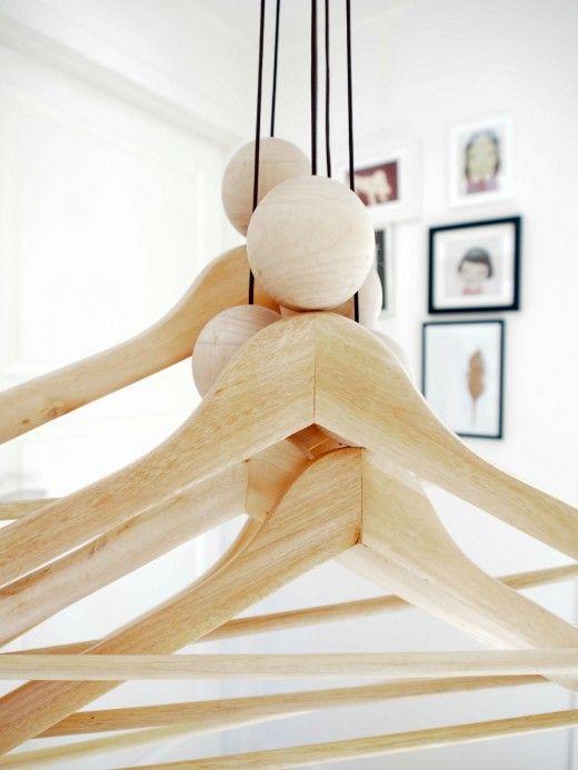 Rolig idé för en klädhängare