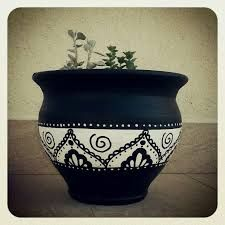 Resultado de imagen para painting terracotta pots white