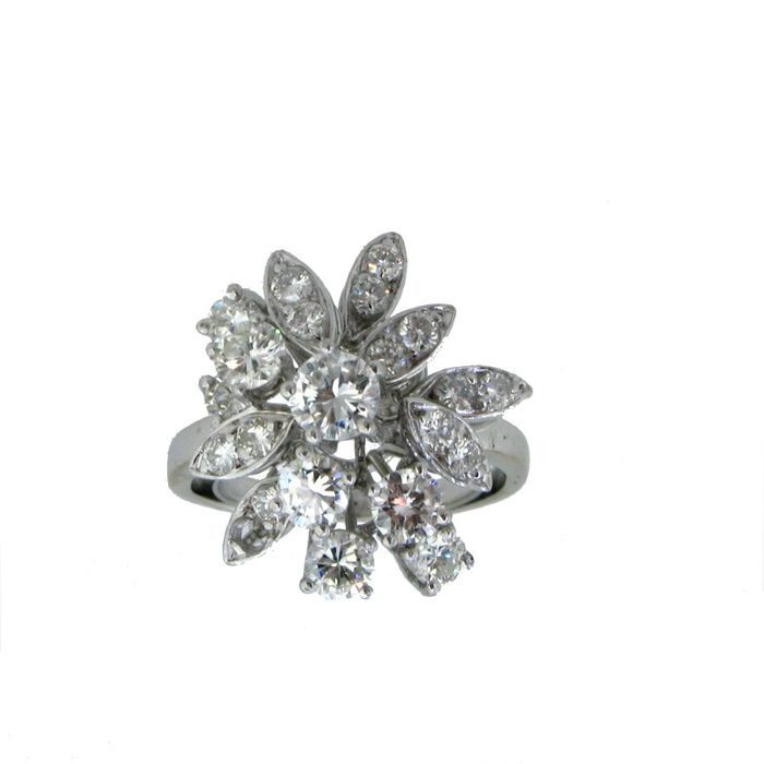 Catawiki pagina online de subastas Sortija en oro 18Kt con Diamantes acompañada de Certificado Gemólogico