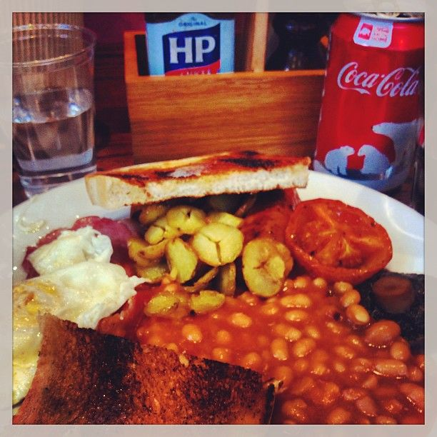best english breakfast you cannot beat English Heinz baked beans on toast with breakfast