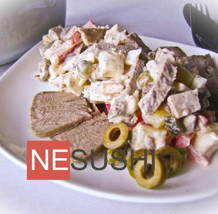 Салат с языком и бужениной ======================== Праздничный салат с в стиле оливье, только побогаче составом :-)