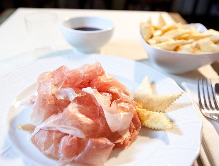 Prosciutto crudo di Parma barricato 24 mesi con gnocco fritto